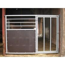 Forværk til hestebox